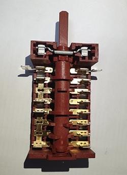 ЕР259 Переключатель 8 позиций 880805 8831 - фото 19592