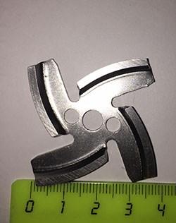 VS061 Нож для мясорубок 3 отверстия - фото 19714